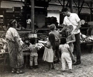 Jon & family guatemala(1)